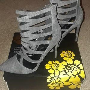 Machi grey 3inch heels